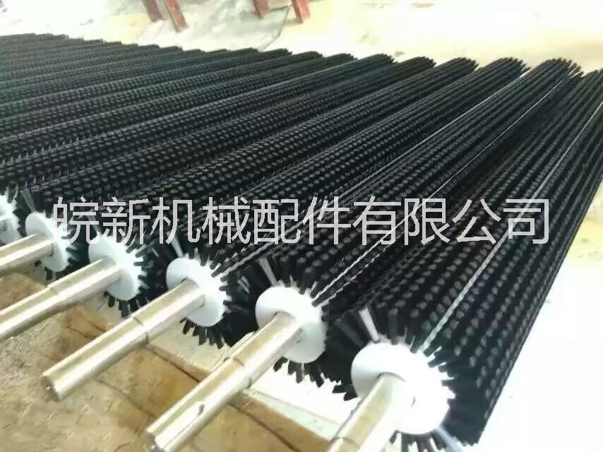 工业毛刷辊、钢丝毛刷辊。