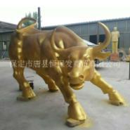 铜牛摆件图片