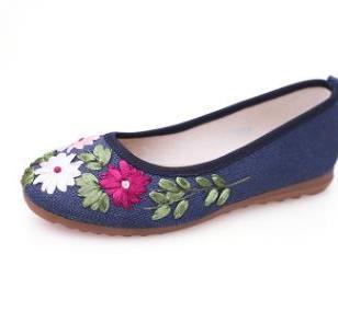 苏维红绣花亚麻红军鞋红色文化布鞋图片