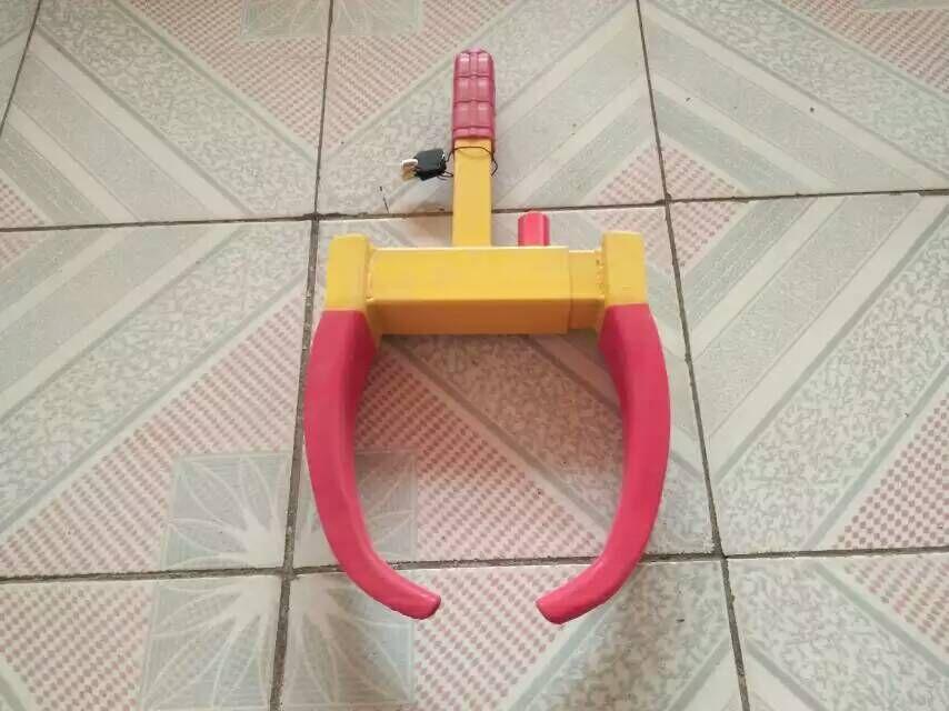 加厚老虎钳轮胎锁