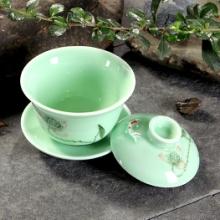 陶瓷青瓷功夫茶具 手绘手彩浮雕鱼三才小茶碗盖碗图片