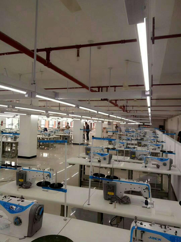 服装厂缝纫机专用灯 轨道日光灯