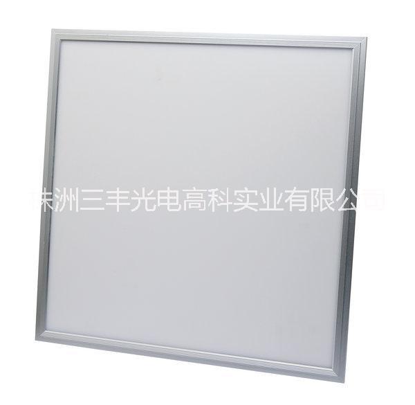 600*600LED面板灯