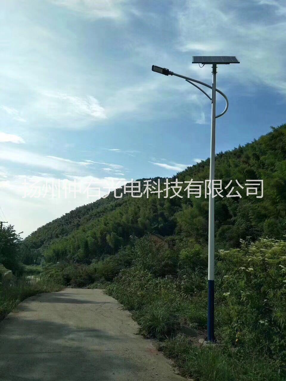 河南新农村6米锂电池太阳能路灯价