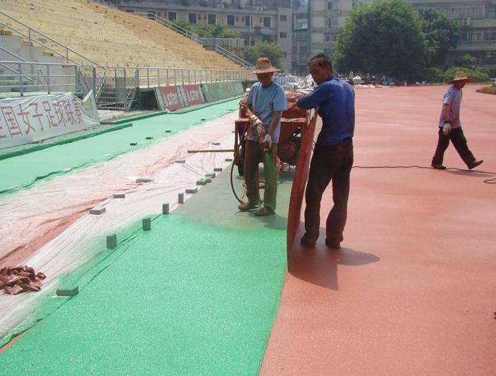 石家庄幼儿园塑胶地面施工 幼儿园彩色跑道铺设 广场塑胶地垫铺装 EPDM塑胶场地施工