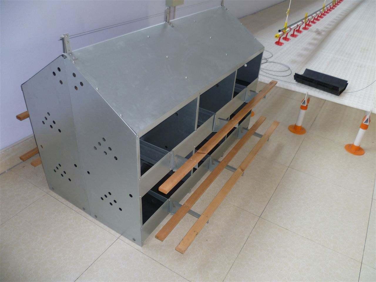 厂家生产供应鸡用产蛋箱24穴产蛋箱