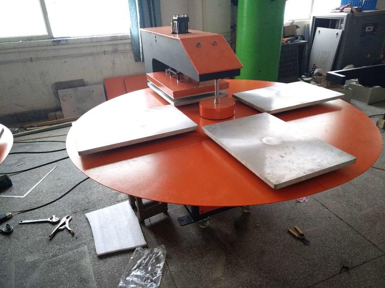 自动四工位旋转式烫画机 服装印花机 自动热转印烫画机
