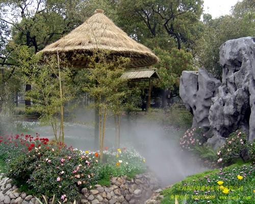秋冬季喷雾降尘造景系统厂家直营设计施工一站式服务