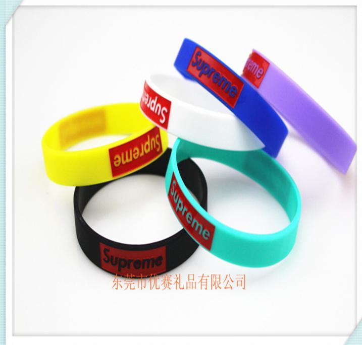 厂家定制硅胶运动手环 定做国旗手镯运动手链硅胶能量手环