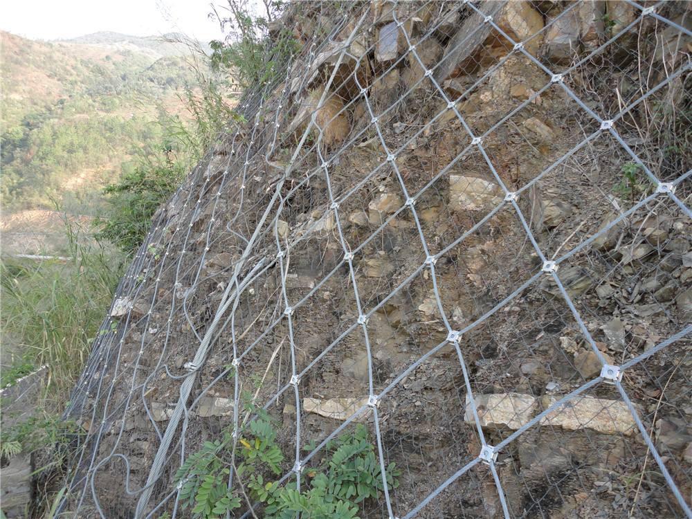 厂家直销大量优质 边坡防护网的作用