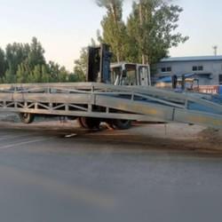 登车桥厂家 移动式登车桥价格叉車裝卸平台