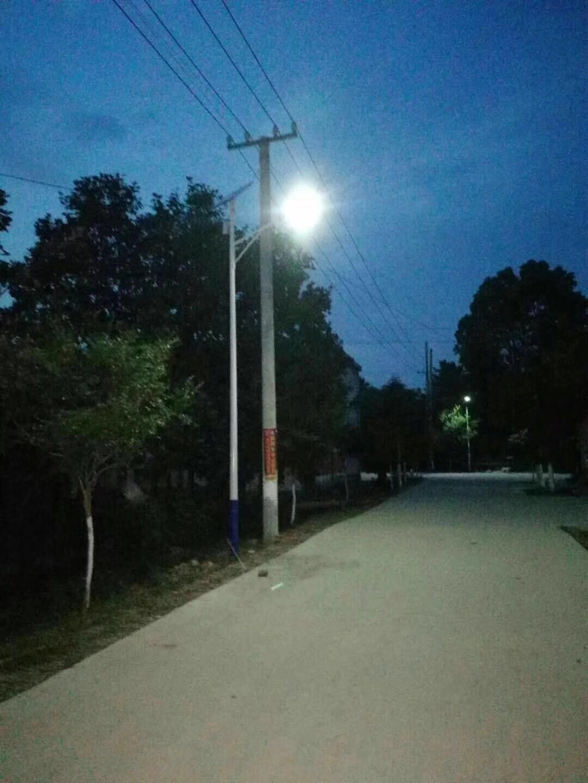 河南信阳潢川县安装7米30W路灯江苏开元供应