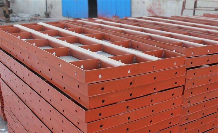 昆明厂家大量回收废旧钢筋 钢铁 钢材 回收废旧钢模板
