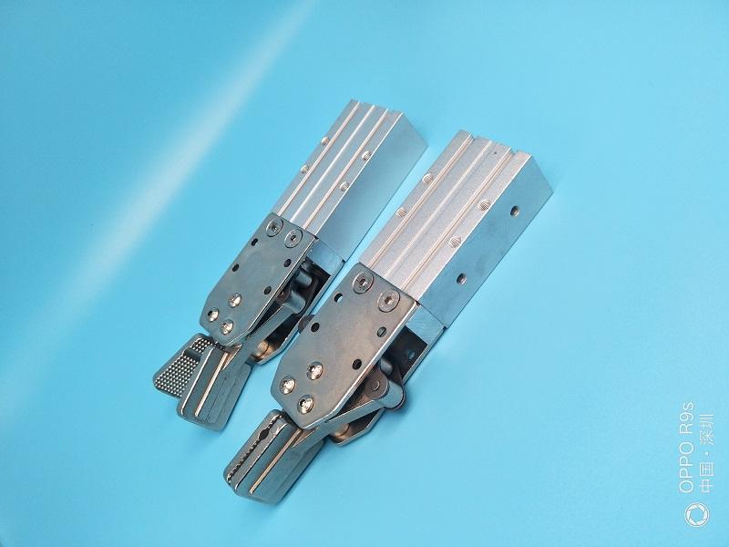 供应用于的注塑机机械手配件天行2015夹具