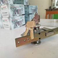 开修换玻璃门锁|开修换锁|玻璃门锁|榆中开修换锁|榆中开修换玻璃门锁价格