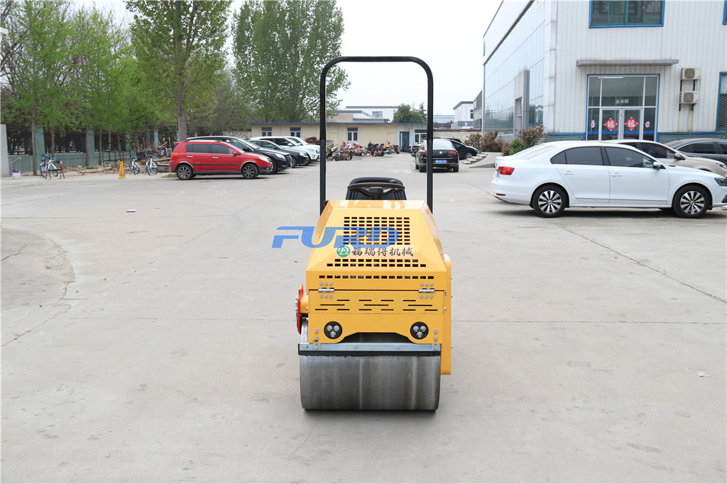 【小型双钢轮座驾压路机】厂家直销  小型双钢轮压路机