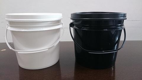 厂家直销0.5L塑胶黑白油塑料罐 香精香料样品罐