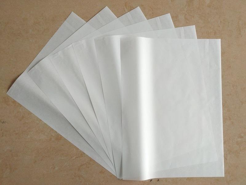 厂家供应优质白牛皮纸,30克白牛皮纸