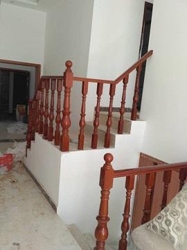 驻马店定做铁艺旋转楼梯扶手厂家直销设计测量木楼梯护栏价格复式别墅楼梯