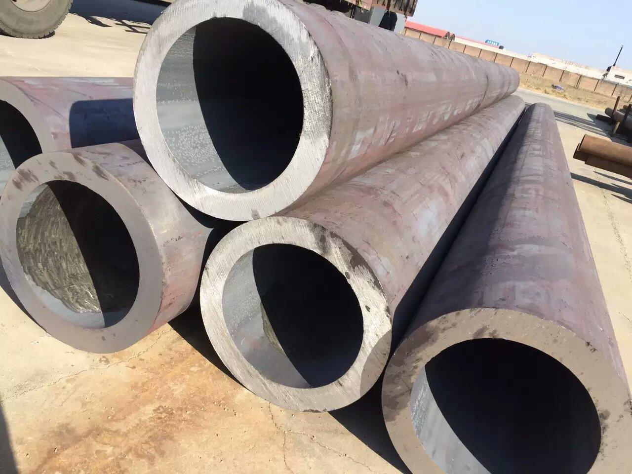 沧州无缝钢管生产厂家|环氧陶瓷螺旋防腐钢管|3PE无缝钢管供应