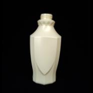 环保pe材料制造塑料瓶图片