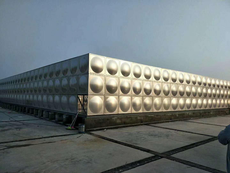 广东新泉不锈钢水箱,消防水箱,保温水箱、方形水箱。承压水箱