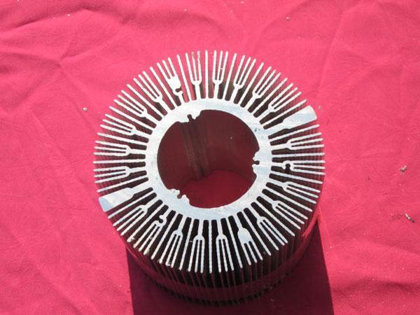 江苏散热器厂家直销 电源散热器 LED电子散热器 LED电子太阳花散热器