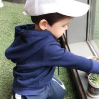 供应3-6岁小孩穿的便宜服装批发!外贸加绒儿童卫衣批发