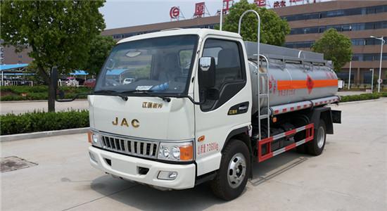 厂家直销东风多利卡5-8吨流动加油车油罐车 欢迎电议 欧曼油罐车 加油车