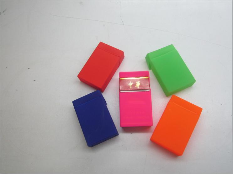 硅胶烟盒批发 硅胶烟盒市场价 硅胶烟盒供应商 硅胶烟盒价格 硅胶烟盒制造商 硅胶烟盒厂家 硅胶烟盒工厂