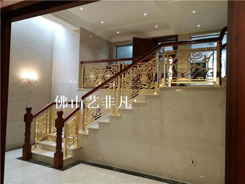 湘潭罗马欧式楼梯护栏栏杆仿铁艺雕花铝合金立柱酒店别墅楼梯扶手
