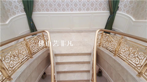 苏州高档别墅铝护栏铝板雕刻护栏产品销售范例