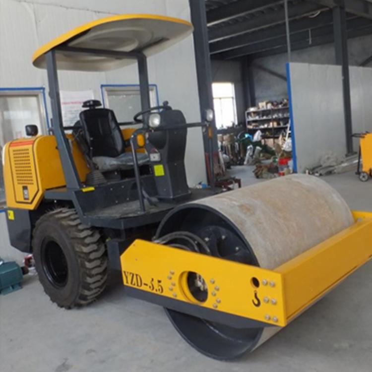 3.5吨单钢轮座驾压路机