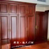 长沙定制原木家具风格、长沙整木原木家具环保、原木书柜、推拉门定做工厂位置