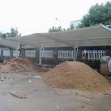 浙江膜结构停车棚供应商价格-钢结构厂房搭建