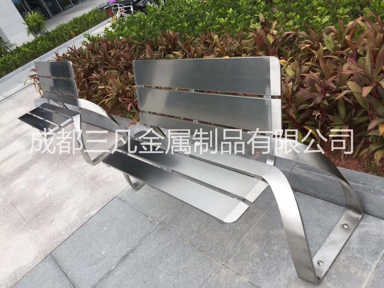 重庆四川成都不锈钢锈钢户外座椅,景观坐凳定制厂家 成都不锈钢户外座椅,景观凳子厂家