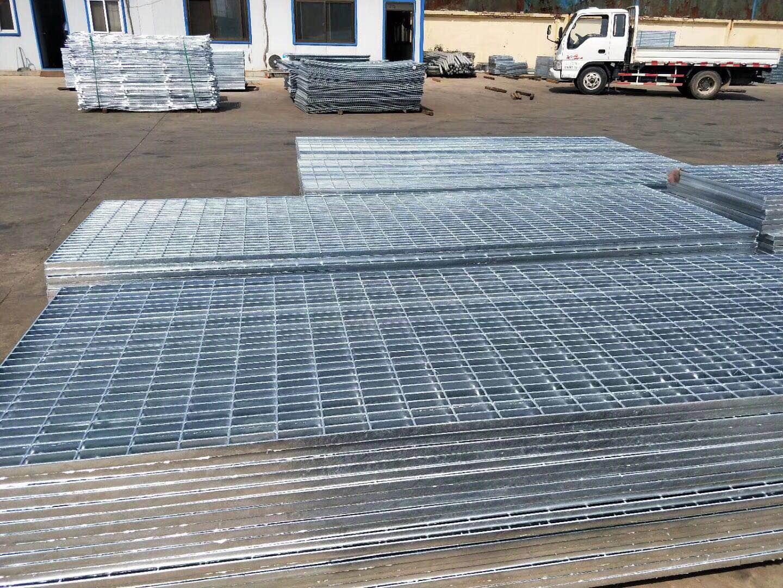 镀锌格栅板图片/镀锌格栅板样板图 (1)