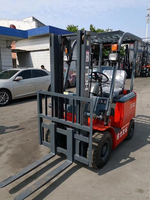 国产二手电瓶叉车合力1.5吨转让低价转让