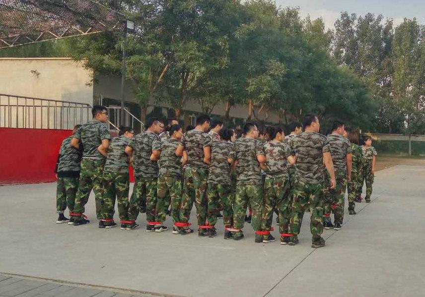 北京军事拓展训练  北京企业员工军训