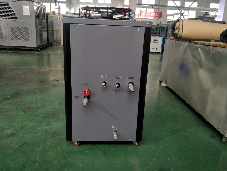 专业订制冷却设备 苏州工业冷水机  螺杆式冷却设备