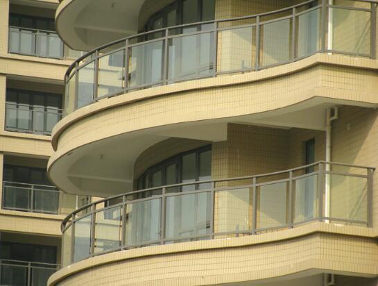 供应阳台弧形玻璃供应商 阳台弧形玻璃加工 阳台弧形玻璃报价 供应阳台弧形玻璃