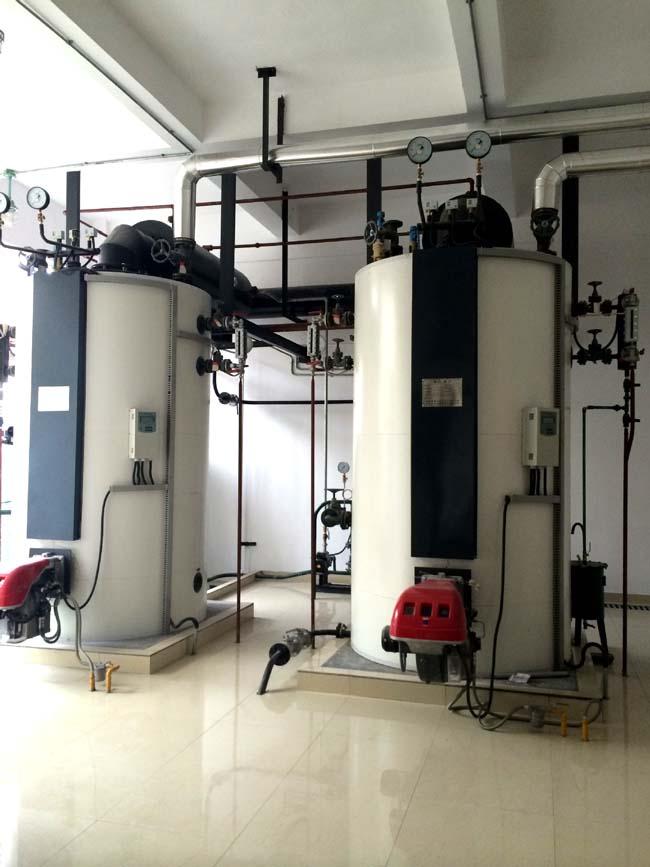 全自动立式燃油蒸汽锅炉1吨10公斤压力/全自动立式燃油蒸汽锅生产厂家/全自动立式燃厂家直销/全自动立式燃油蒸汽锅炉