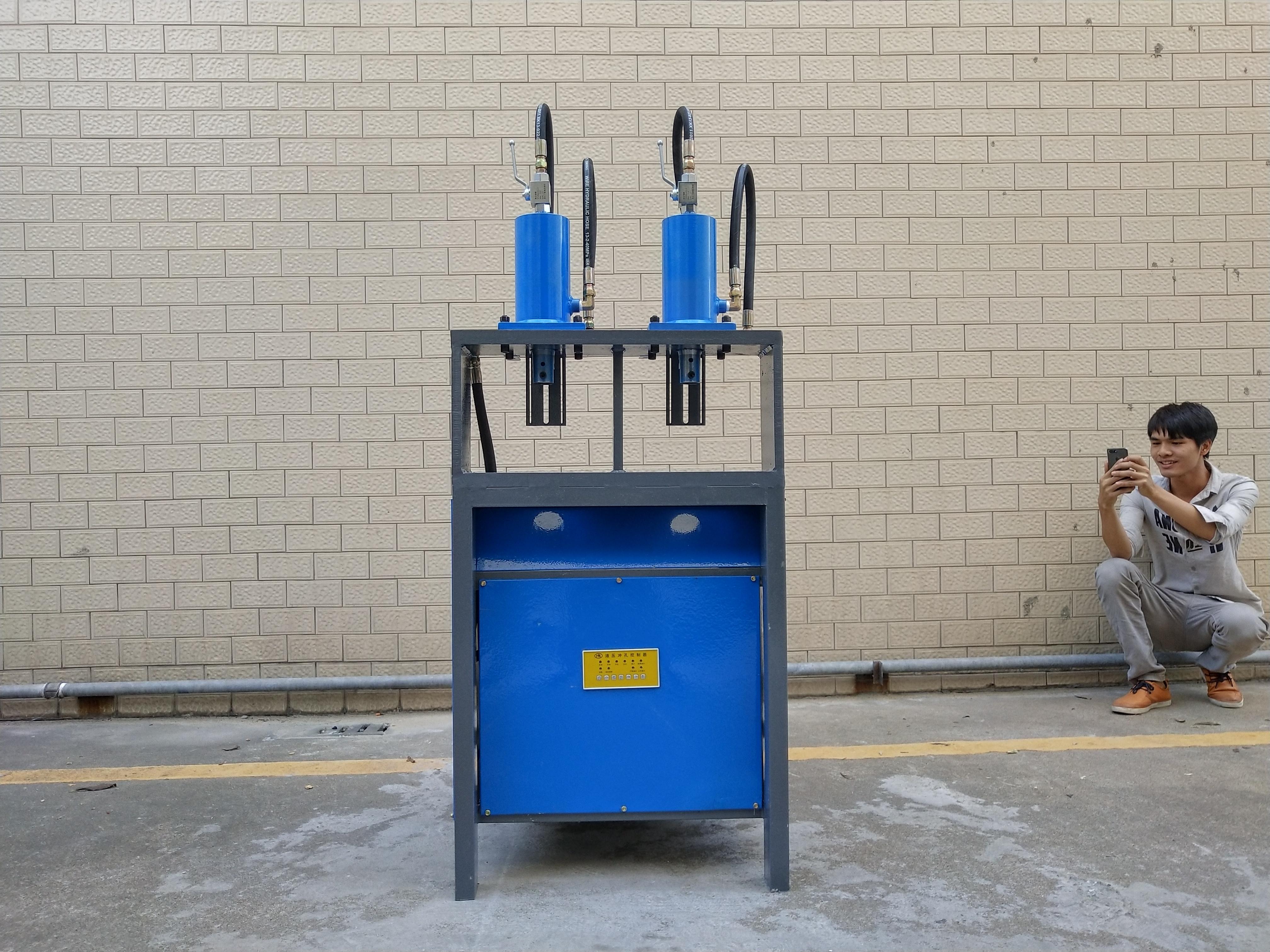 钢板冲孔机钢板切角机钢板模型机