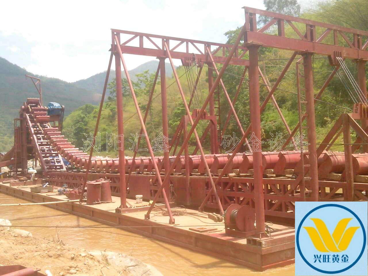 淘金船设备价格,小型淘金机,淘金船设备生产厂家