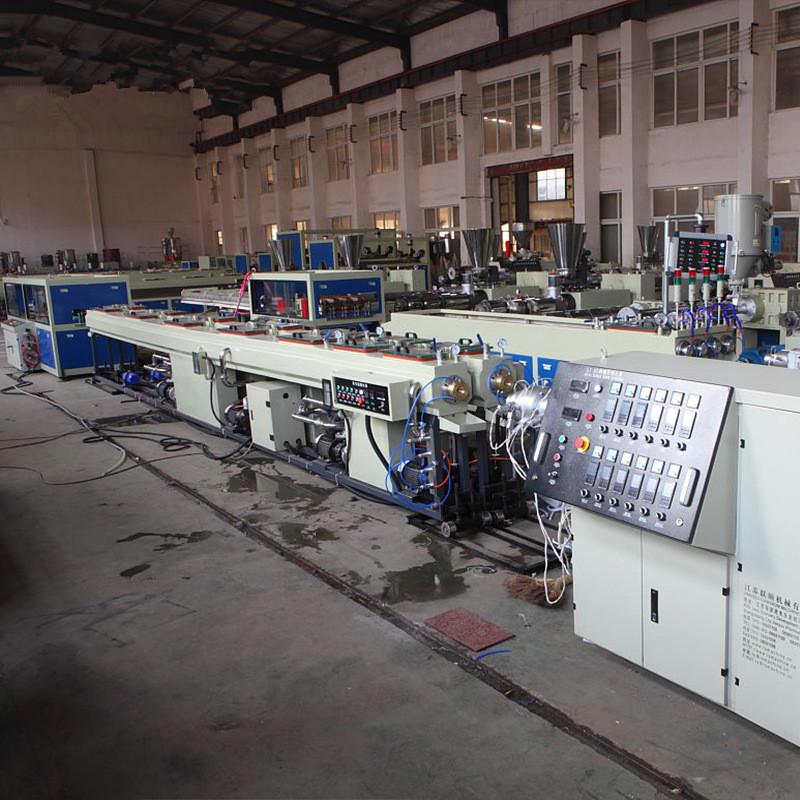 PVC排水管材生产线,PVC管材生产线,PVC塑料管材生产线,PVC管材机张家港贝发机械