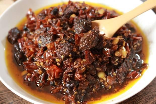 内蒙豆瓣牛肉酱红烧香辣麻辣供应商自制豆瓣牛肉酱生产厂家