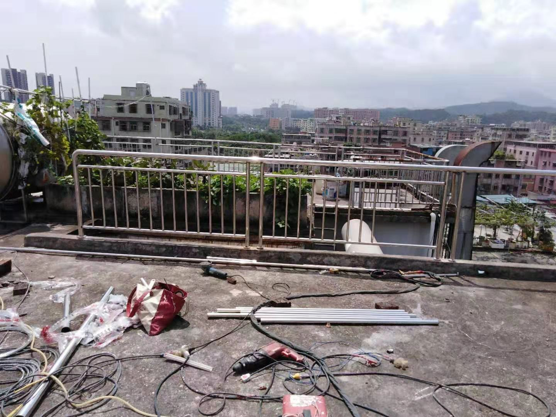 深圳不锈钢扶手供应商-施工-批发商-样板图