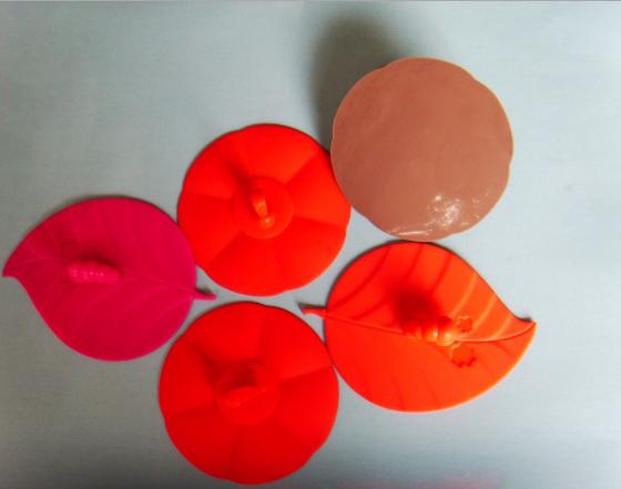 厂家供应硅胶制品 硅胶餐具 硅胶面包夹 硅胶杯盖