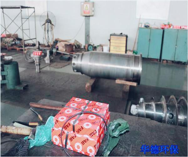 供应德环保卧螺离心机的维修升级