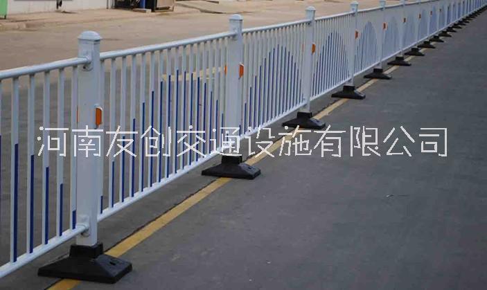 交通隔离护栏_公路栏杆_市政道路护栏_车间仓库小区分离围栏
